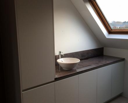 Project 4: Hedendaags badkamermeubel